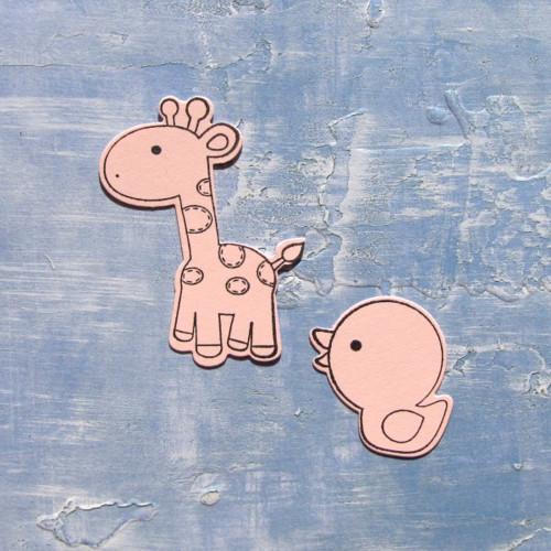 Žirafa a kačenka