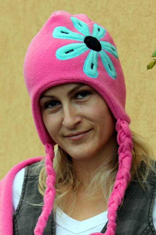 Ušanka ...rozkvetlá :-))))