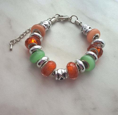 Náramek z vinutých perel v zeleno oranžové