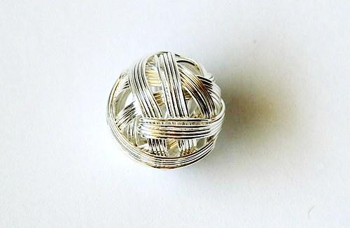 Kulička z drátu 18mm - střibrná
