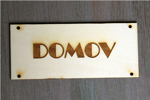 "Cedulka \""Domov\"""