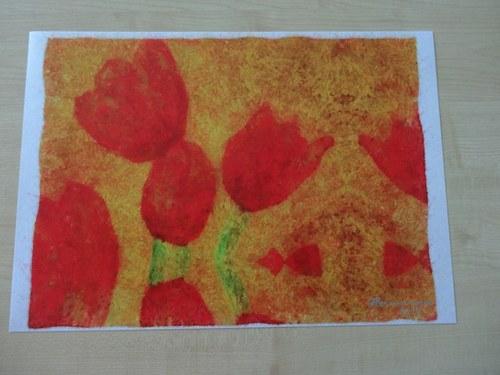 Červené tulipány v zrcadlení