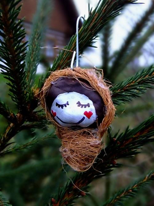 Vánoční ozdoba Ježíšek usmívají se,srdce-přírodní