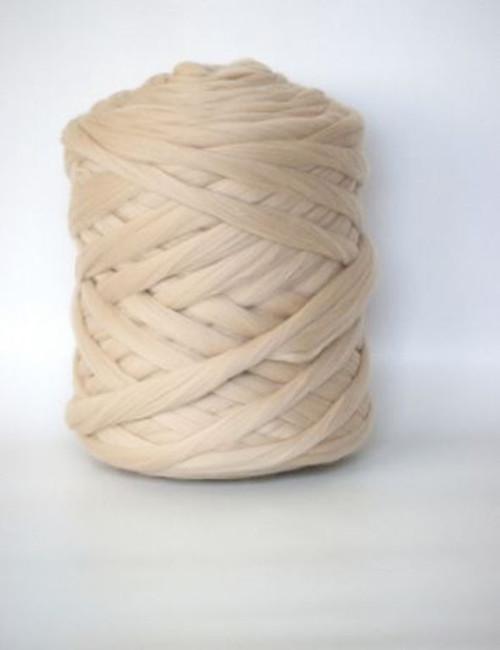 Mega vlna 20 - světlá béžová - gigantické pletení