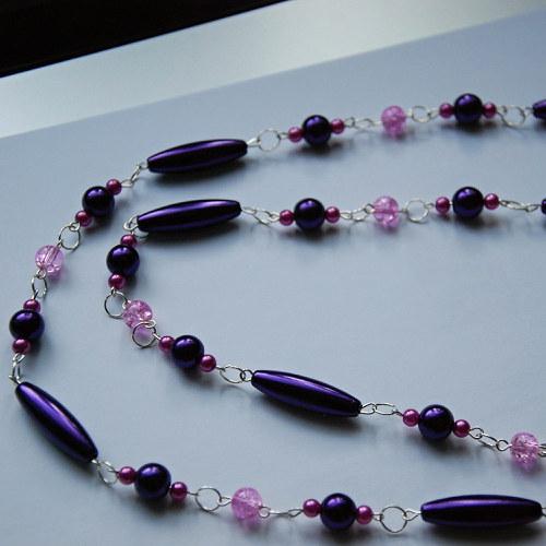 Fialový dlouhý jednoduchý náhrdelník