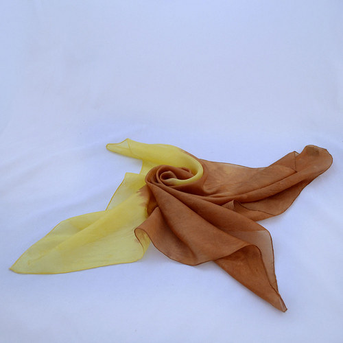 Dvoubarevný hedvábný šátek - žluto-hnědý