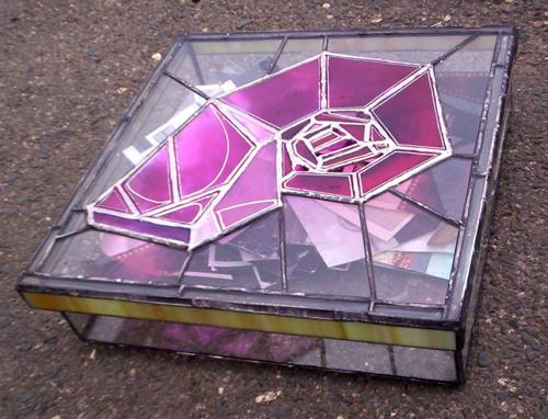 Úložný vitrážový box ŠNEČČÍ TRUHLA