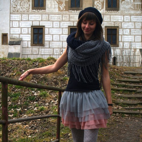 Šedo-růžová tylová sukně