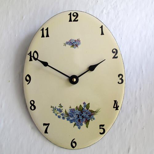 Smaltované hodiny oválné velké 306