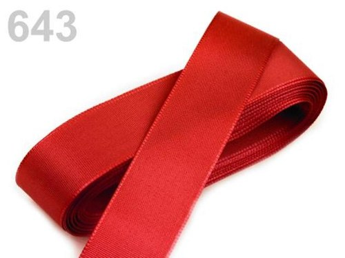 10 m taftové stuhy, barva červená