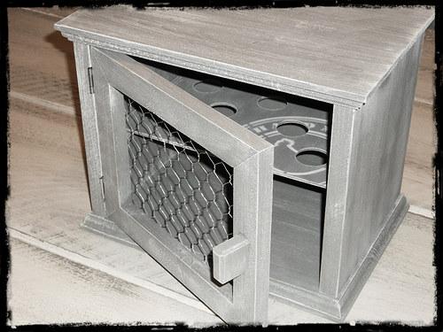 Skříňka ala kurník - šedá patina