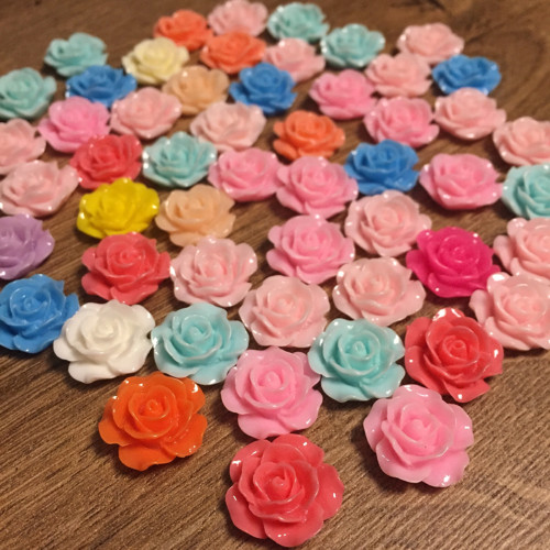 Kabošon růže 16 mm 50 ks - mix barev
