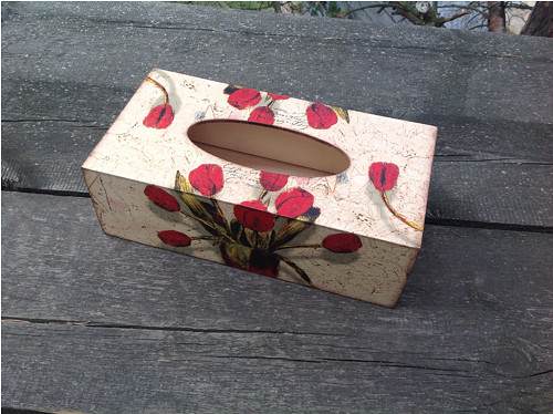 Krabička na kapesníky Tulipány