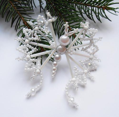 Vánoční motýl bílý