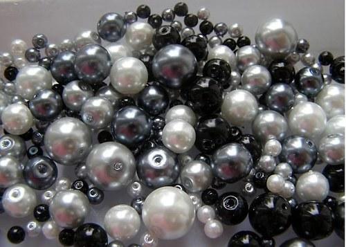 Voskované perly černý MIX Ø4-10mm 50g skleněné