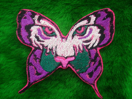 Nášivka motýlek s očima