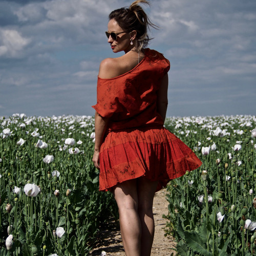 Jak motýlí dech... - šaty