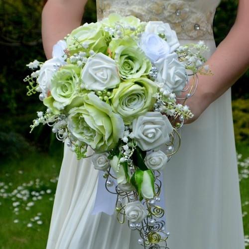 Svatební  kytice Lukana a korsáž pro ženicha