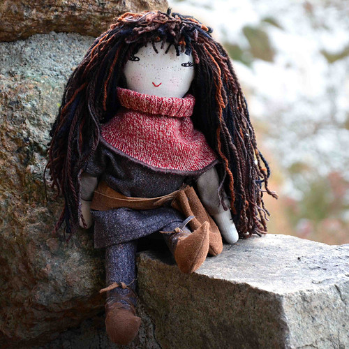 Dcera loupežníka..., panenka malá