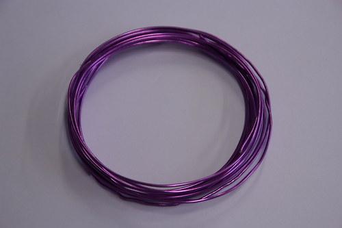 Hliníkový drátek 1,5mm purpurový - v návinu 6m