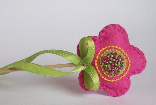 Růžová kytička - zápich