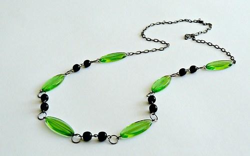 Světle zelený náhrdelník