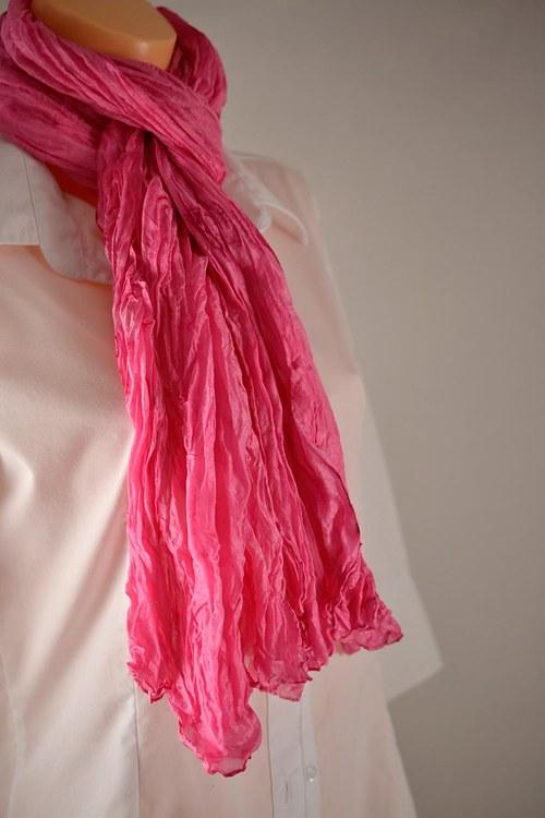 Vrapovaná tmavě růžová šála/pareo/pléd