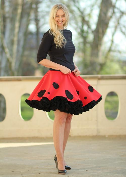 FuFu sukně  červená s květy + černá spodnička