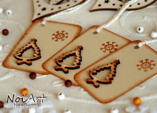 Vánoční jmenovka na dárky stromek