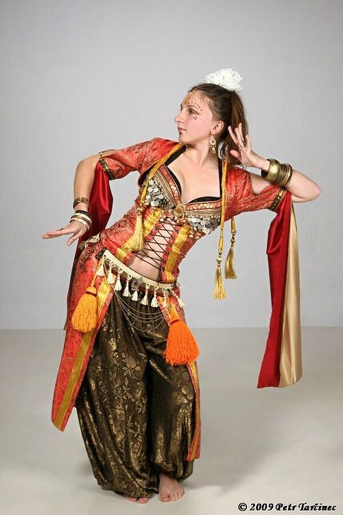 "\""Fénix\"" - Tribal fusion kostým na zakázku"