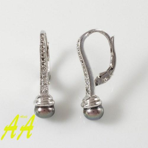 Naušničky z bílého zlata a černou perlou
