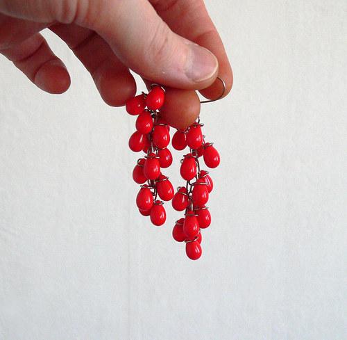 Rudé náušnice s kapičkami