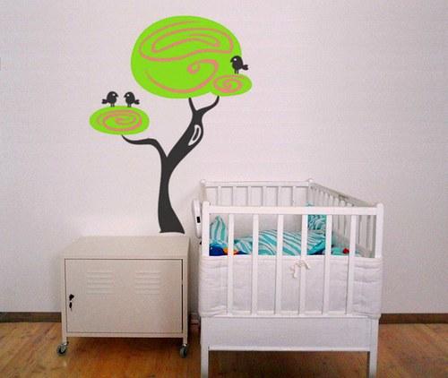 Jarní stromeček s ptáčky - samolepka na zeď 50x35