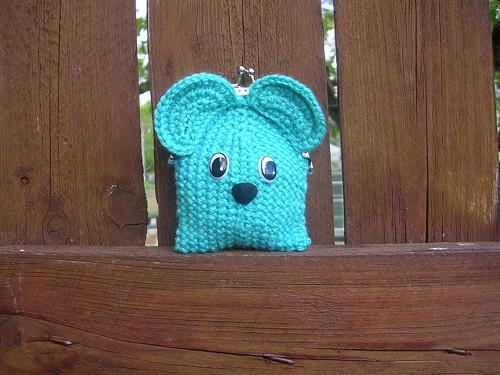 Háčkovaná peněženka myška tyrkysová