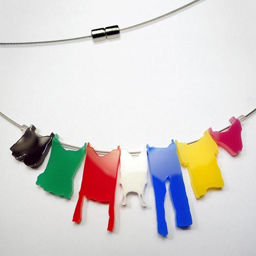 náhrdelník prádlo na šňůře