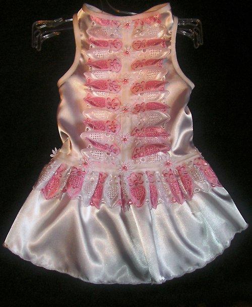 28. Sváteční(svatební) šaty