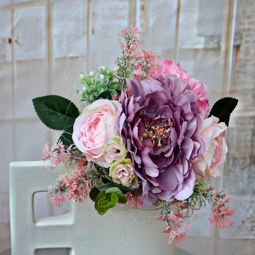 Kytice z umělých květin Lila time