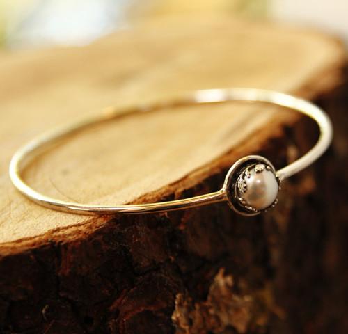 Náramek Perla v dubu (stříbro, přírodní perla)