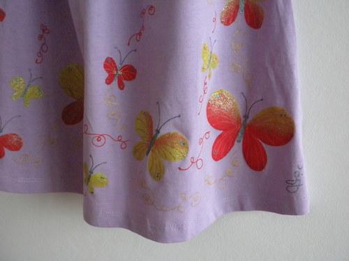 Šaty pro mladou dívku
