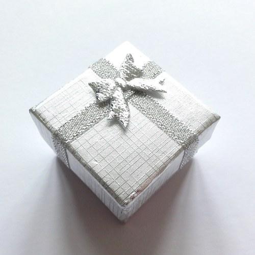 Stříbrná krabička (4x4x3 cm)