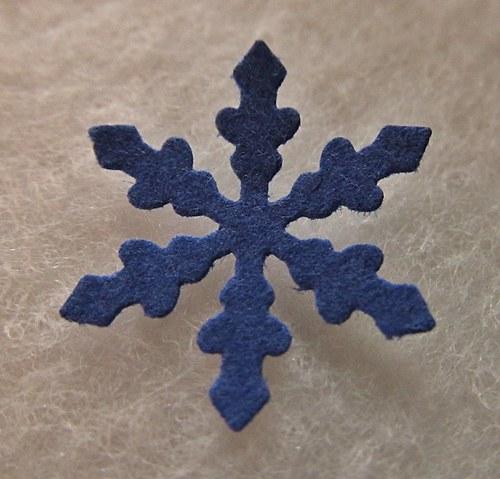 Papírový výsek - HVĚZDIČKA - modrá -  30 ks