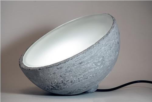 Betonové svítidlo Moon Lamp (19 cm)