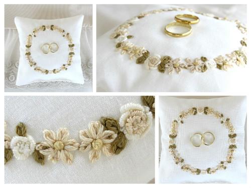 Vyšívaný svatební polštářek - krémovo-bílé květiny