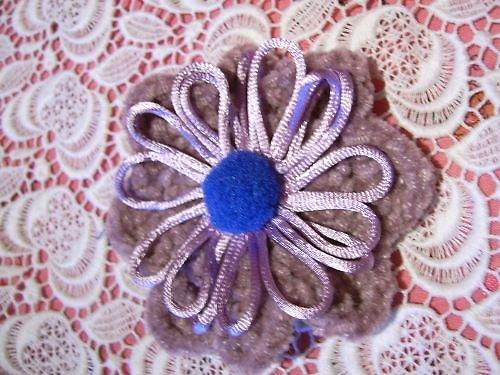 Zasněžené květiny II. - fialová brož