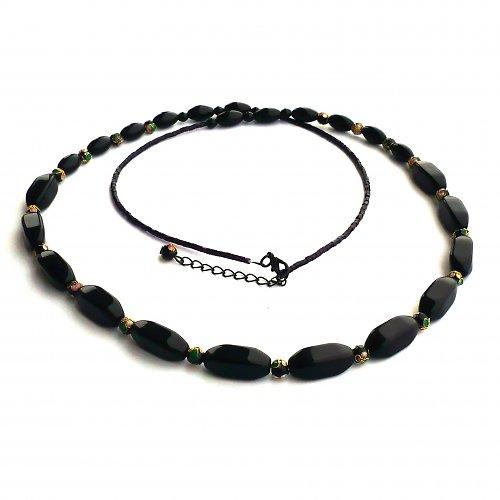 Černý rozveselený dlouhý náhrdelník