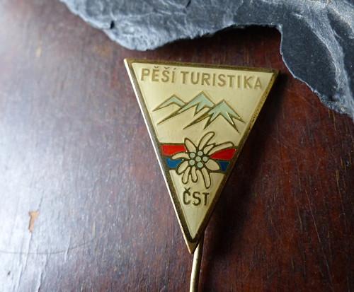 Pěší turistika...starý odznak