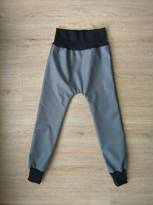 Jarní/ podzimní softshellové kalhoty- šedá/černá