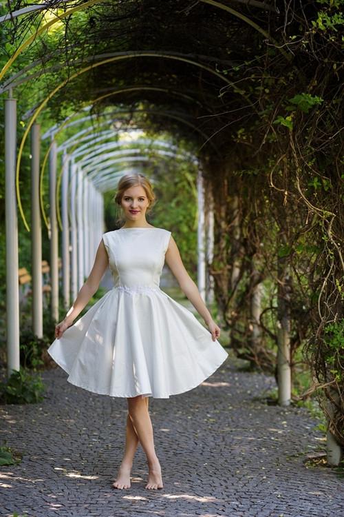Svatební / společenské šaty