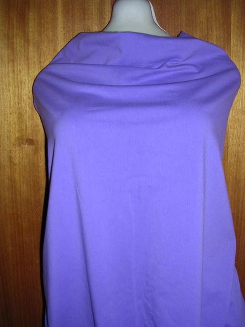 Strečová bavlna ve fialkové barvě