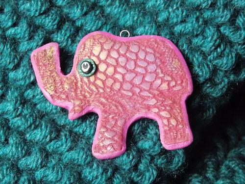 růžový slon přináší štěstí......